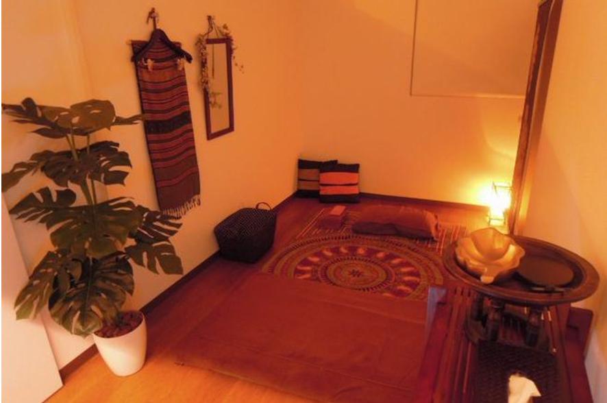 タイ古式マッサージ、施術、個室